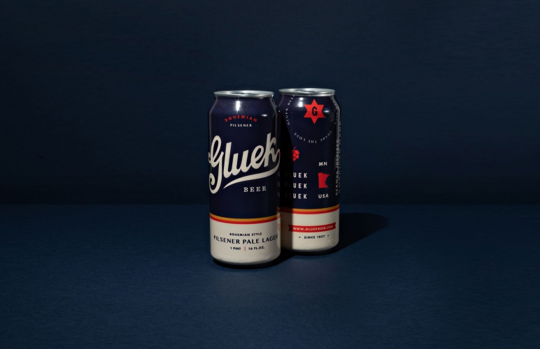 Gluek Beer Packaging-01_result.jpg